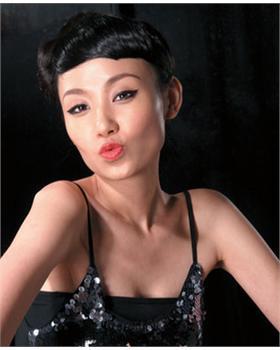 石洋子_明星个人资料_图片_介绍_写真_作品_履历